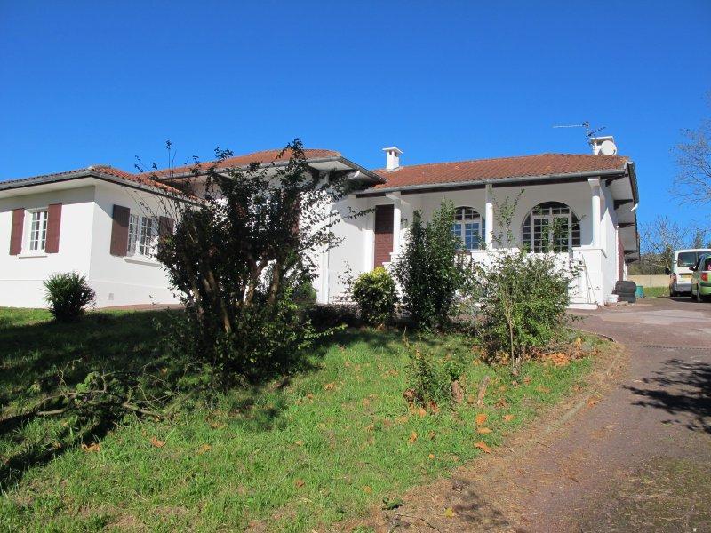 Location anglet bayonne et plus appartements et maisons for Location appartement bordeaux et ses environs